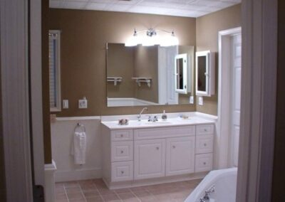 Forge Valley Event Center | Hendersonville, Brevard, Asheville | comfortable bath at the cottage